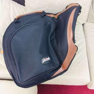 Soft carrying case from French Horn