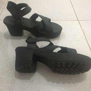 Black Jellyshoes