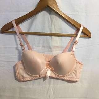 🚚 粉色內衣