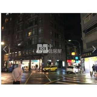 晴光商圈三角窗  建物登記 52.67 坪 , 主+陽28.78坪  1廳1衛 ,1樓/11樓 ,42年9個月