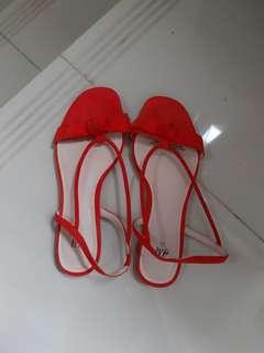 Sandal H&m merah