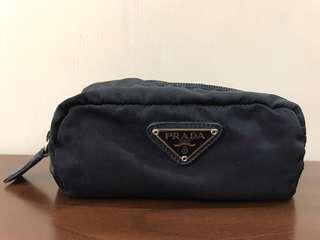 🚚 二手正品 PRADA 墨藍色(小)手拿包/置物包