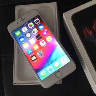 Brand new iPhone 6s 64gb in box. No warranty