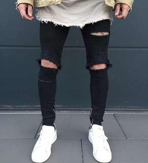 🚚 Knee Ripped Jeans all black biker jeans skinny jeans