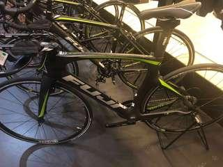 New Fuji Carbon Tri bike Norcom 2.5