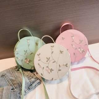 KW80384 Lovely Round Sling Bag