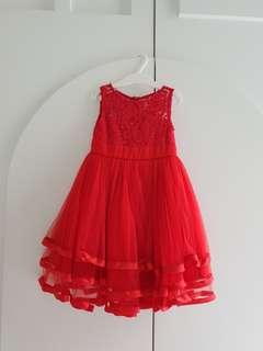 Red dress cocok buat Sincia