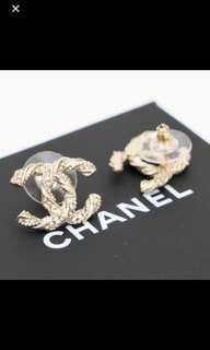 Authentic chanel A63057 CC Gold Earrings ( Swarovski blink crystal stud pair )
