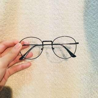 $10 MAILED BLACK / GOLD ROUND KOREAN SPECTACLES