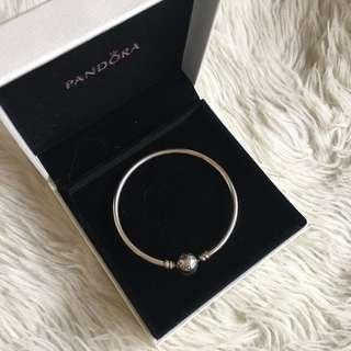Pandora Bangle (Size 17, Small)