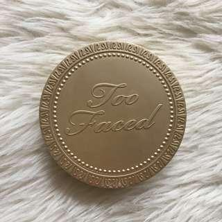 Too Faced Milk Chocolate Soleil Bronzer / Contour