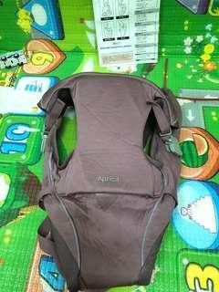 🚚 Aprica嬰兒背巾 四種背法
