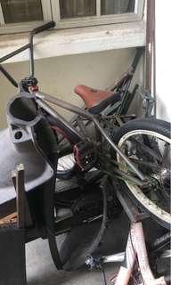 Bmx bikes (mutiny bikes)