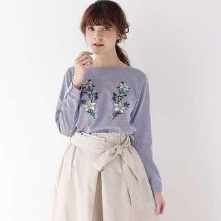 日單 秋裝 藍白直間刺繡上衣