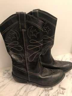 Black Leather Cowboy Boots women's size 8