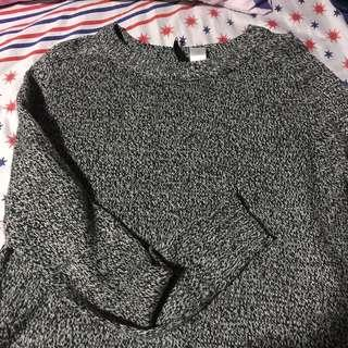 H&M knitted cropped sweater