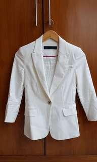 Blazer Putih
