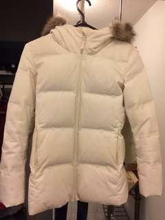 UNIQLO white down winter jacket