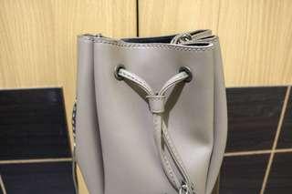 Rumbai sling bag