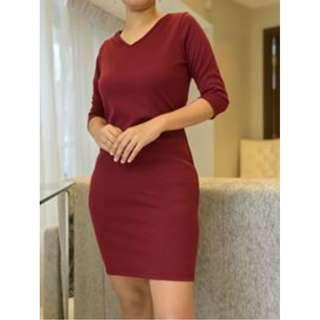 3/4 Ribbed Dress in Maroon