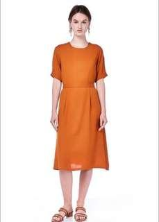 🍊 Caira Pleated Shift Dress