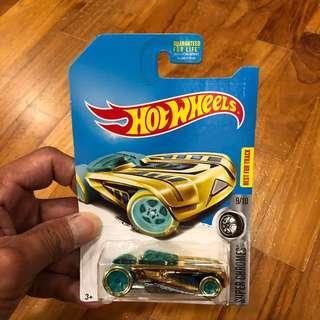 Hot Wheels Treasure Hunt Pharodox