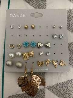 14 pairs of earrings from H&M
