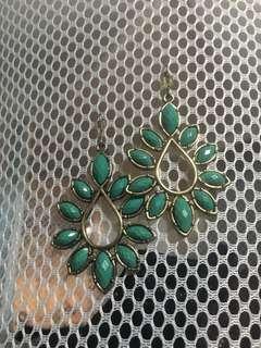 🚚 Lovely deco earrings