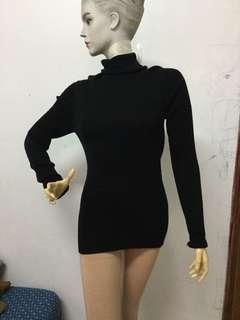 🚚 全新黑色細直條翻領減標長袖長版上衣