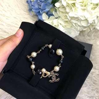 🍊Good for CNY!🍊 Full Set LOCAL RECEIPT! Chanel Pearl Bracelet