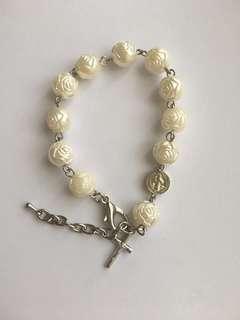 Synthetic bracelet rosary