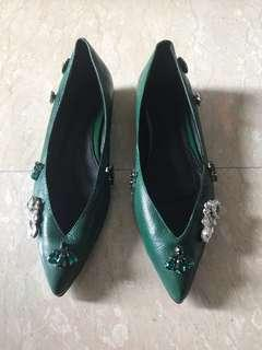 Brand New Jeweled Pointy Flats 🥿