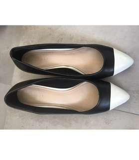 Vincci and Hush Puppies ladies heel