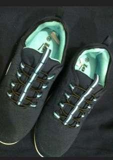 Loggo sepatu