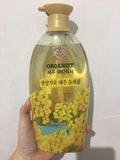 🚚 (80元)韓國濟州島油菜花嫩白沐浴精750g