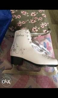Preloved Size UK37 Baud Salsa Skates