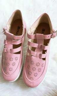 Sepatu Fashion Santai