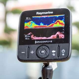 Raymarine Fish Finder Dragonfly Pro5