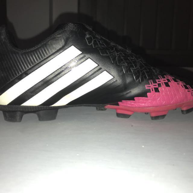 Adidas predator boots 0831453a6