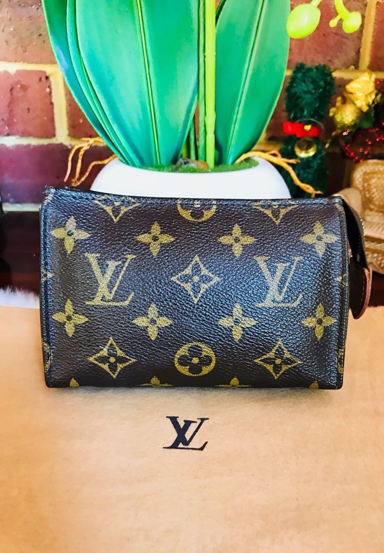 Authentic Vintage Louis Vuitton Cosmetic Pouch Pouche Toilette 15