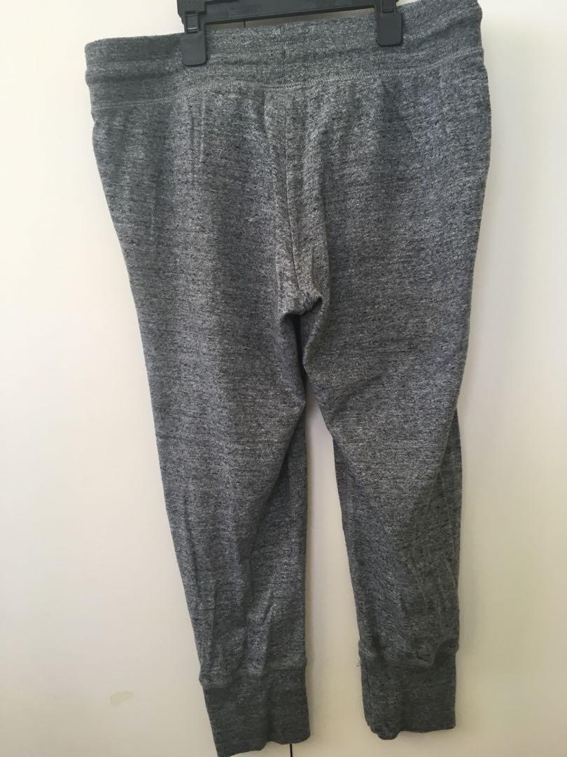 Grey three-quarter track pants
