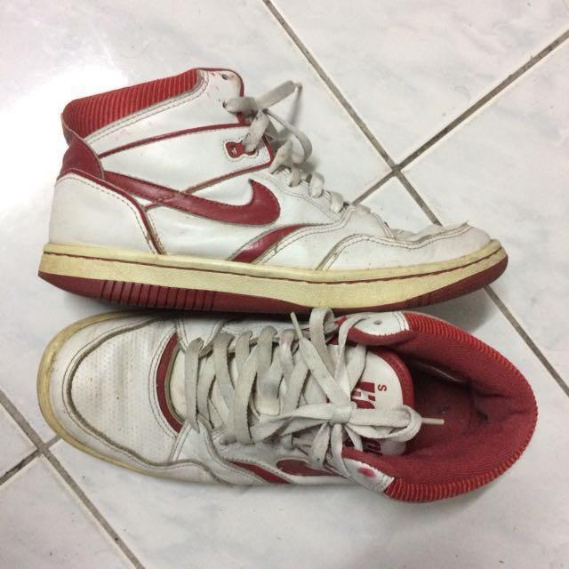 3a6f2fe2c082 ORIGINAL Nike Sky Force 88 Vintage