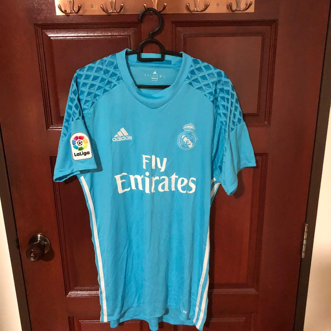 huge discount 21659 6c2b7 Real Madrid 2017 Goalkeeper Jersey, Sports, Sports Apparel ...