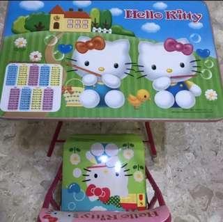 Sanrio Hello Kitty kid's table & chair set