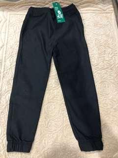 New: H&M Long Black Pants W22 ( fit age 4-6yrs)