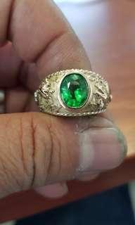 Tsavorite Garnet Suasa.9k ring