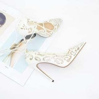 White Cut Out Pointed Pumps size 39