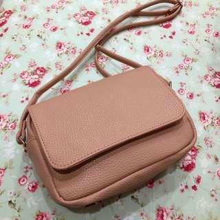 版主私物 H&M 荔枝壓紋 粉橘色小側背包