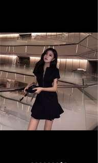 Woman short sleeve Zipper front dress