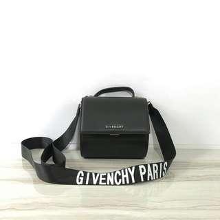 Givenchy pandora box mirror